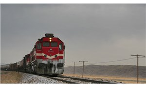 Kayseri'de 2 çocuğa lokomotif çarptı: 1 ölü