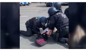 Almanya'da polis şiddeti: Biri hamile iki kadını darp ettiler!