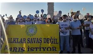 İzmir Emek ve Demokrasi Güçleri Alsancak'tan seslendi: Halklar savaş değil barış istiyor!
