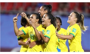 Kadın mücadelesinin bir kazanımı daha: Brezilya'da futbolcu kadınlar, erkekler ile eşit ücret alacak