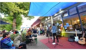 Bavul Kültür ve Sanat Kafe birinci yılını kutladı