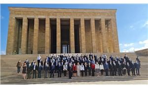 CHP yönetimi, 97'nci kuruluş yıl dönümünde Anıtkabir'i ziyaret etti