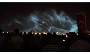 İzmir'de 9 Eylül kutlamaları ışık ve hologram gösterisiyle sona erdi