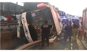İstanbul'da yolcu otobüsü devrildi: 1'i ağır, 11 yaralı