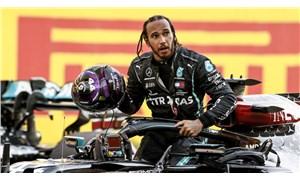 """Lewis Hamilton'dan ırkçılık karşıtı mesaj: """"Breonna Taylor'ı öldüren polisleri tutuklayın"""""""
