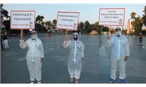 Hekimler Attalos meydanında: Yönetemiyorusunuz, tükeniyoruz