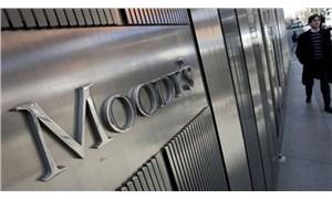 Moody's 13 bankanın kredi notunu düşürdü