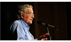 Noam Chomsky: Trump görevi bırakmazsa 82. Hava İndirme Tümeni onu saraydan zorla çıkaracak