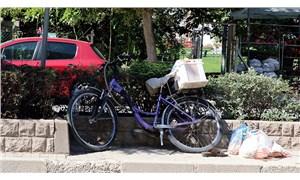 Otomobilin çarptığı 78 yaşındaki bisiklet sürücüsü yaşamını yitirdi