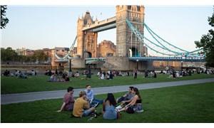 İngiltere'de son 24 saatte 6 bin 178 vaka tespit edildi