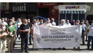 HDP'ye yönelik operasyon, İzmir'de protesto edildi