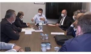 """İmamoğlu ile İBB'nin projesine karşı çıkan taksiciler arasında tartışma: """"Sesinizi yükseltmeyin"""""""