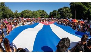 Küba'ya baskı artıyor