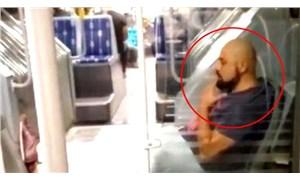 Metrobüste skandal görüntü: Maskesiz yolcu, ayaklarını uzatarak sigara içti!