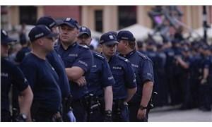 Polonya'da okulda bıçaklı saldırı: Saldırgan öğrenci planını sosyal medyada paylaşmış