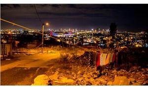 'Zoraki dönüşüm' mağdurları mum ışığıyla yaşıyor: Bu gözyaşlarının nedeni AKP'li Üsküdar Belediyesi