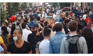 İstiklal Caddesi'nde büyük kalabalık