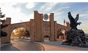 Atatürk Üniversitesi'nin öğrenci yurdunu İnsan Vakfı'na kiralandığı ortaya çıktı