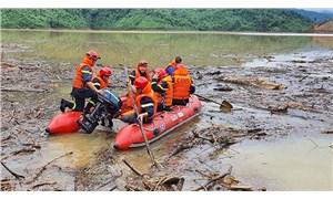 Kamboçya ve Vietnam'da yaşanan sel felaketinde can kaybı 52'ye yükseldi