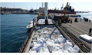 Boğaz'dan geçen 'çimento gemisi'nden 3 milyon paket sigara çıktı
