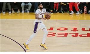 Los Angeles Lakers'ın yıldızı Anthony Davis, geleceği hakkında kararını verdi