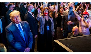 Trump yine yüksek uçtu: Tarihte benden yakışıklı başkan yok!