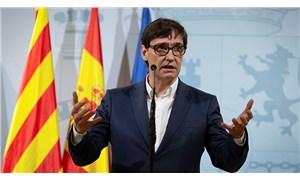 İspanya Sağlık Bakanı'ndan çarpıcı uyarı: İkinci dalga tehdit değil, bir gerçek!
