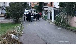 Kocaeli'de balkonda otururken başına kurşun isabet eden kişi ağır yaralandı