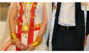 Düğünde sahte altın taktı, sonra 'vazgeçtim' deyip gerçek altını aldı