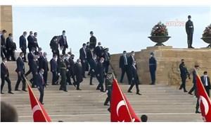 Anıtkabir'de Erdoğan sloganı: 'Seni seviyoruz reis'