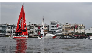 İzmir Körfezi'nden Cumhuriyet selamı