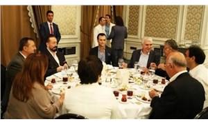 Adnan Oktar ile fotoğrafı çıkan AKP'li vekilden yalanlama: Benim cemaatle, tarikatla ne işim olur?