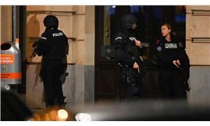 Viyana'da 6 farklı noktada silahlı saldırı: 1 sivil hayatını kaybetti