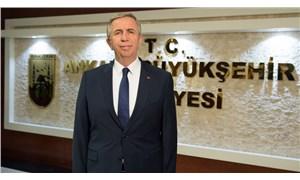 Ankara Büyükşehir Belediyesi, projelerin maliyetini pankartlarla duyurdu