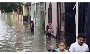 Eta Kasırgası'nın vurduğu Guatemala'da en az 50 ölü