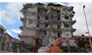 99 depreminde hasar gören 241 binanın yıkımı için son 1 ay