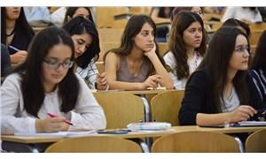 Akademisyen başına öğrenci sayısı artıyor