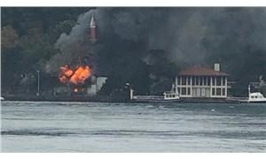 İstanbul'da Vaniköy Camii'nde yangın