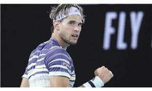 Djokovic'i yenen Thiem, ATP Finalleri'nde finale yükseldi