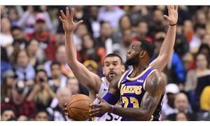 Son şampiyon Lakers'tan kadrosuna bir takviye daha