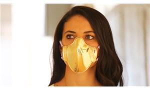 Eminönü'nde 20 bin liralık altın maskeler satılıyor