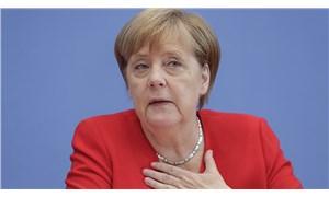 Merkel: Daha fazla tedbir almalıyız