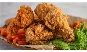 Singapur Gıda Ajansı, laboratuvar ortamında üretilen tavuk etinin satışı onaylandı