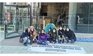Atlasglobal işçileri direniş çadırı kurdu: Bakan Ersoy'dan da ikizinden de korkmuyoruz
