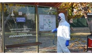 İzmir'de kamuya açık 246 bin nokta dezenfekte edildi