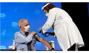 ABD Sağlık Bakanı Alex Azar ve Dr. Anthony Fauci canlı yayında koronavirüs aşısı oldu