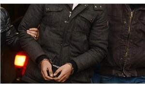İzmir depreminde 'yardım' bahanesiyle iş insanlarını dolandıran 3 kişi tutuklandı