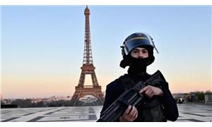 Fransa'da yılbaşı gecesi 100 bin polis ve jandarma görev yapacak