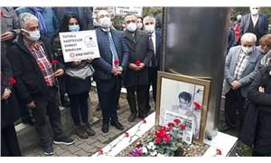 Gazeteci Metin Göktepe, mezarı başında anıldı