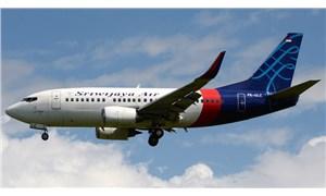 Endonezya'da irtibatın kesildiği yolcu uçağının denize düştüğü açıklandı
